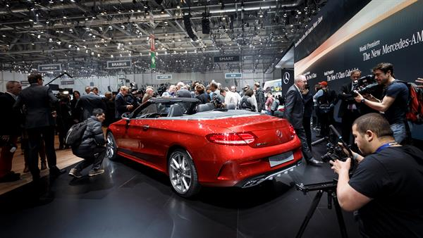 Mercedes-Benz auf dem Internationalen Automobil-Salon Genf 2016
